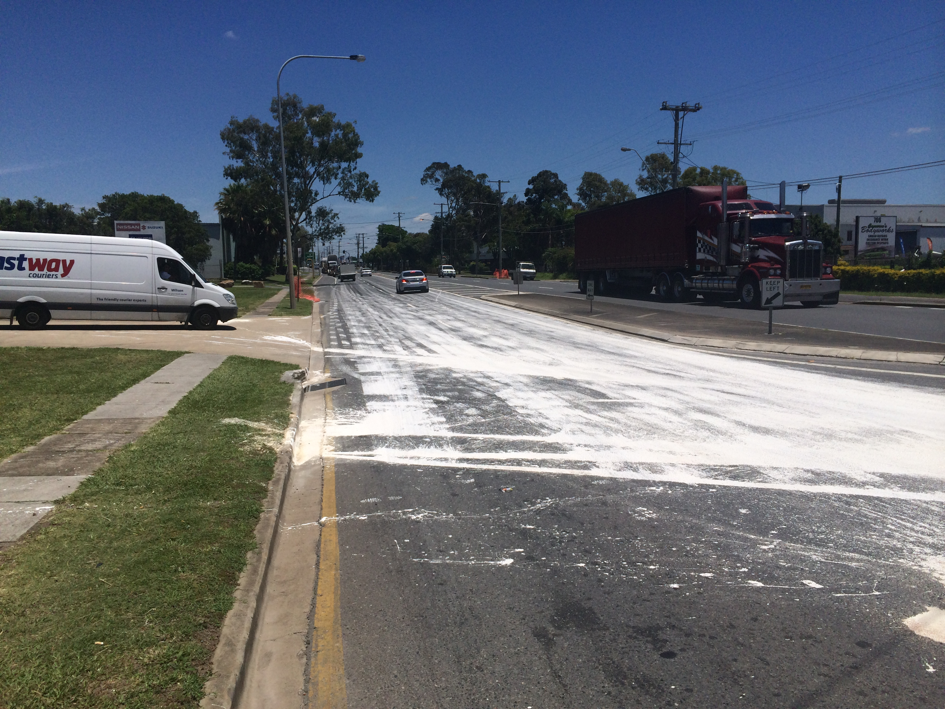 Paint spills and road cleaning traffic systems west for Road case paint